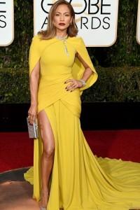 Best dressed at the Golden Globes 2016 Jennifer Lopez in Giambattista Valli