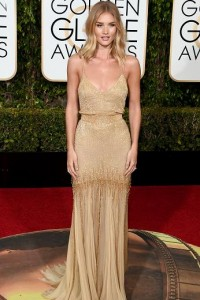Best dressed at the Golden Globes 2016 Rosie Huntington-Whiteley in Versace